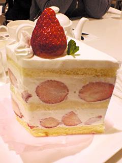 苺のダブルショートケーキ