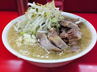 松戸駅前店:小豚・麺固め・ニンニク