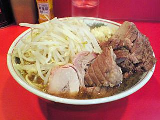 府中店:小豚・麺固め・ニンニク