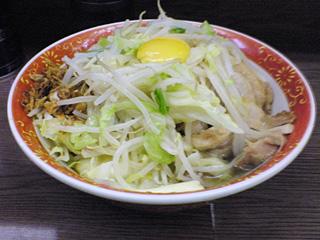 横浜関内店:小豚汁なしチーズ入り・ヤサイ・カラメ