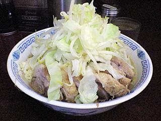 めじろ台法政大学前店:小豚・麺固め・ニンニク