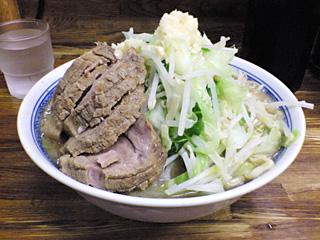 新小金井街道店:小豚・麺固め・ニンニク