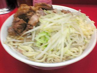 小岩店:小豚・麺固め・ニンニク