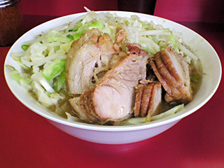 ひばりヶ丘駅前店:小豚・麺固め