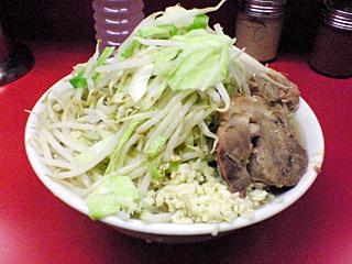 ラーメン二郎 桜台駅前店:小(麺固め)・ニンニク・カラメ・ヤサイちょいマシ