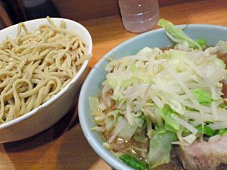 ラーメン二郎 八王子野猿街道店2:大つけ麺・ニンニク