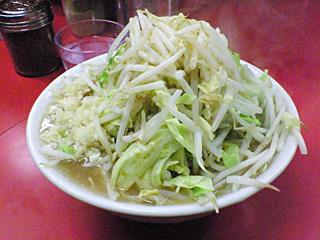 ラーメン二郎 桜台駅前店:小(麺固め)・ニンニク・カラメ・ヤサイちょい増し