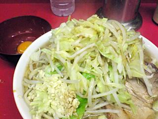 ラーメン二郎 桜台駅前店:小(麺固め)・ヤサイ・ニンニク・カラメ