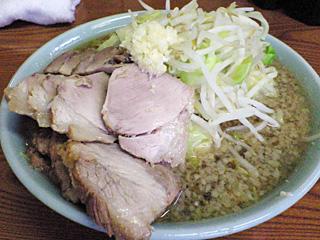ラーメン二郎 亀戸店:小豚ダブル(麺固め)・ニンニク・ヤサイ・カラメ