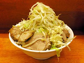 ラーメン二郎 立川店:小ぶた増し(麺かため)・ヤサイ・ニンニク