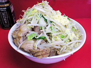 ラーメン二郎 千住大橋駅前店:小豚(麺かため)・ニンニク・ヤサイ