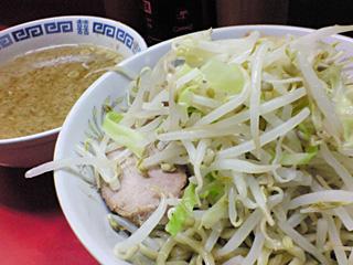 上野毛店:小豚つけ麺・野菜・ニンニク