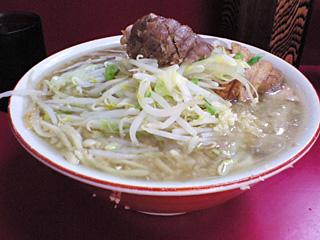 京急川崎店:小豚・麺固め・ニンニク